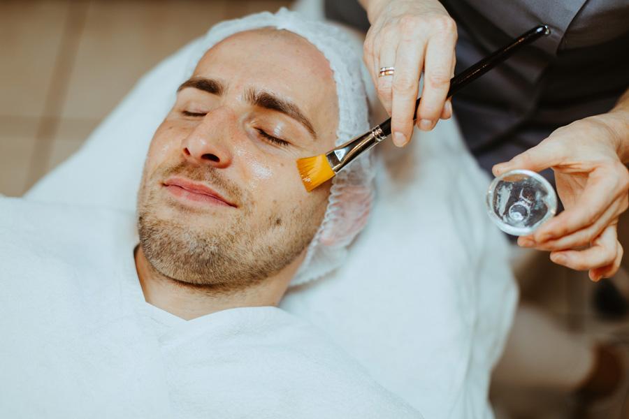 galeria zabieg odżywczo ujędrniający na twarz dla mężczyzn