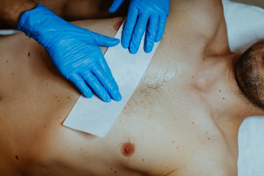 galeria Męska depilacja woskiem